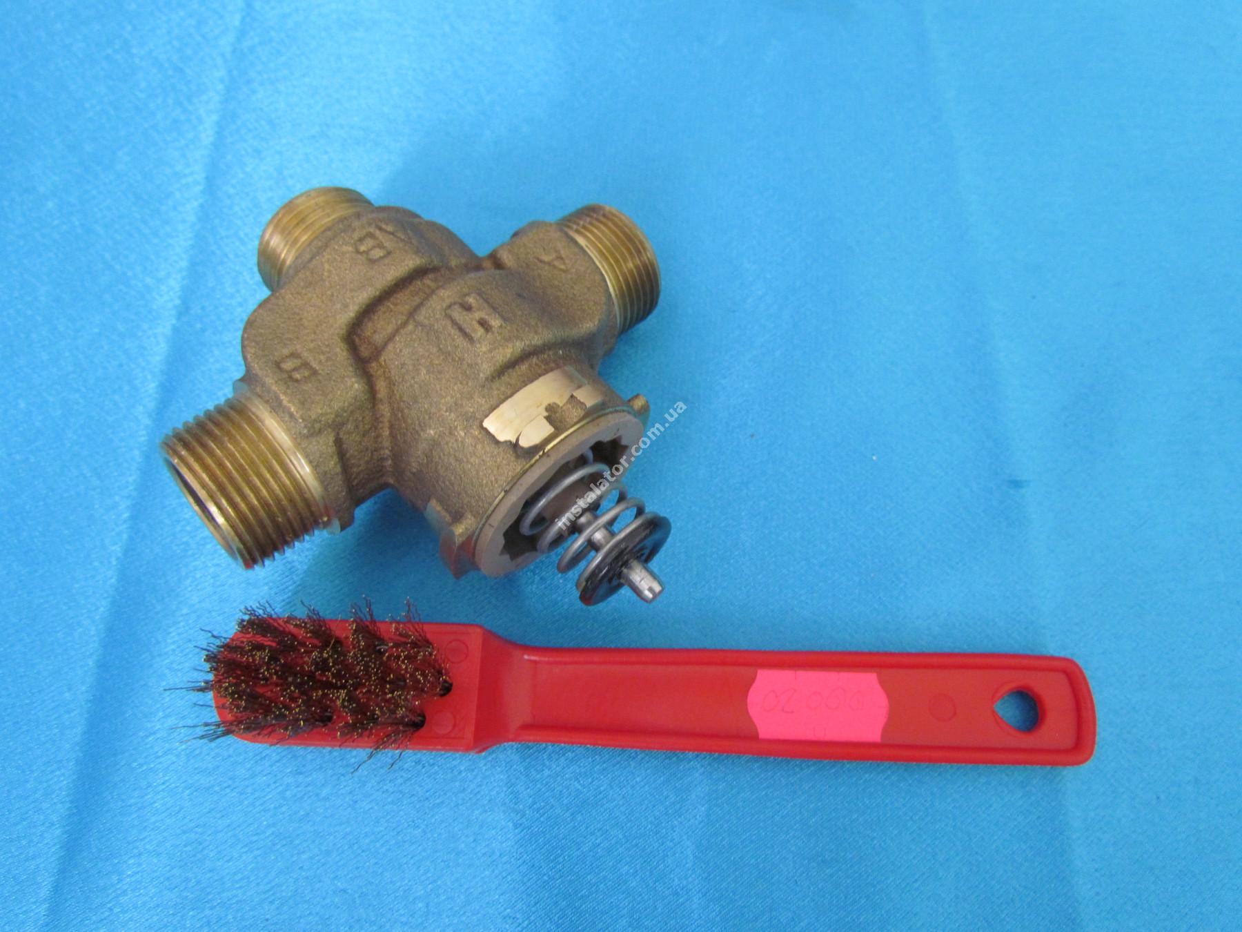 00020 Щітка для чистки 3-х ходових клапанів, пальників (метал) full-image-2