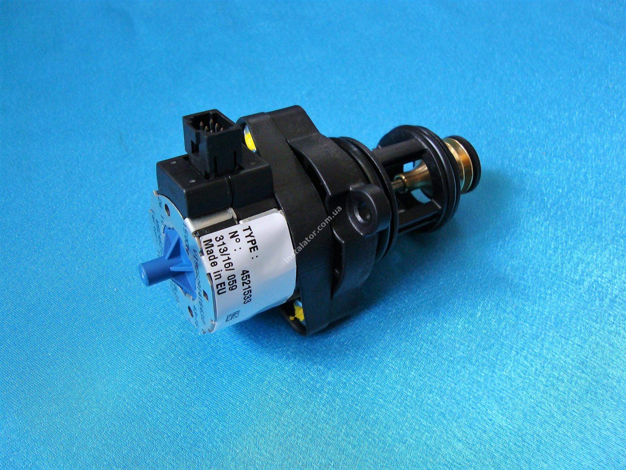 7832404 3-х ходовий клапан Viessmann Vitopend 100 WH0A