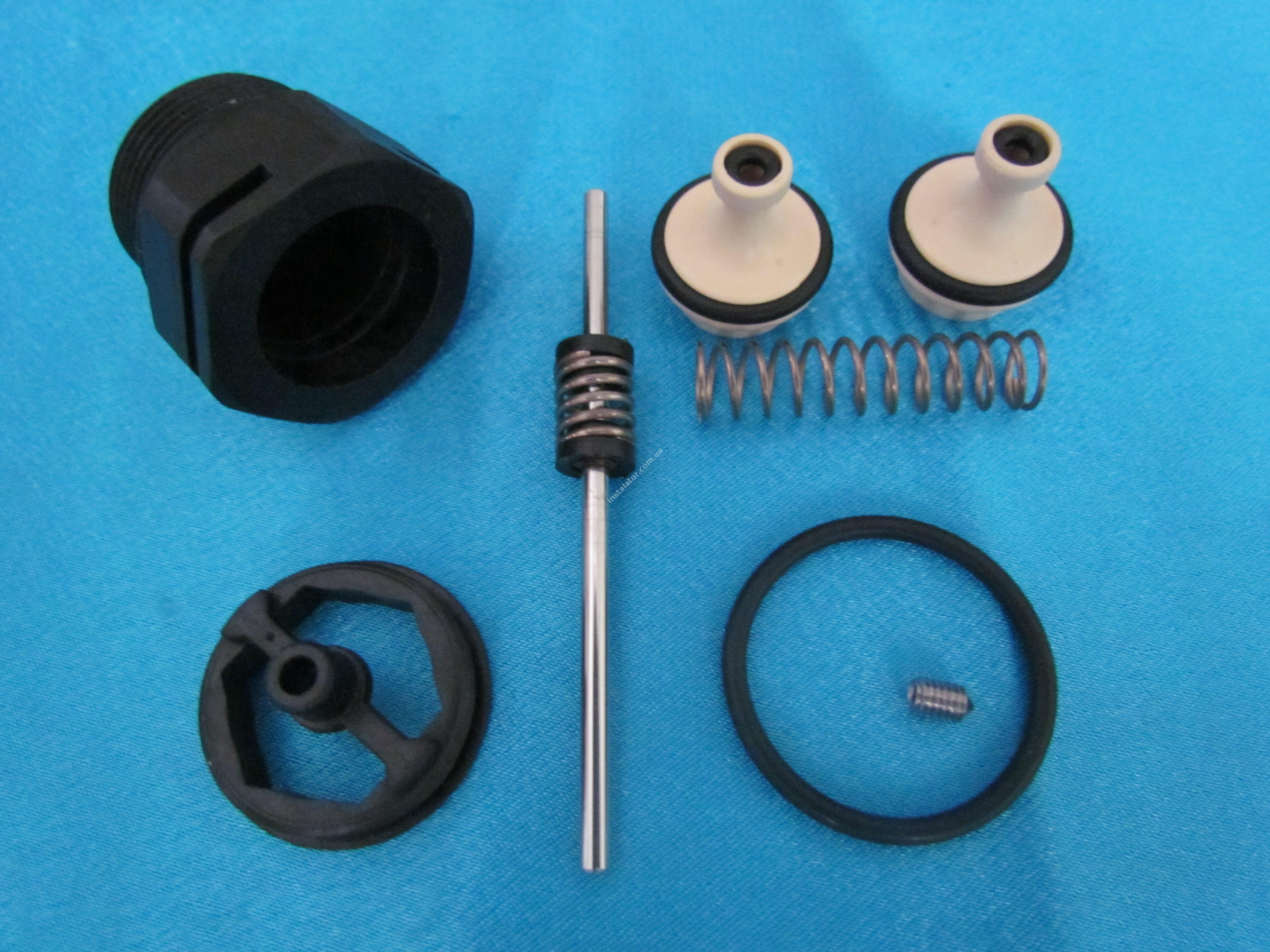 H010006037 Ремкомплект 3-х ходового клапана Micra 2 (новий)