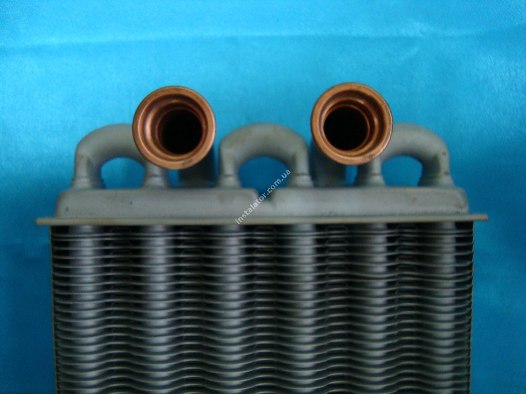 39820060 Теплообменник битермический  Ferroli DOMIPROJECT C24, FerEasy C24 (дым) full-image-3