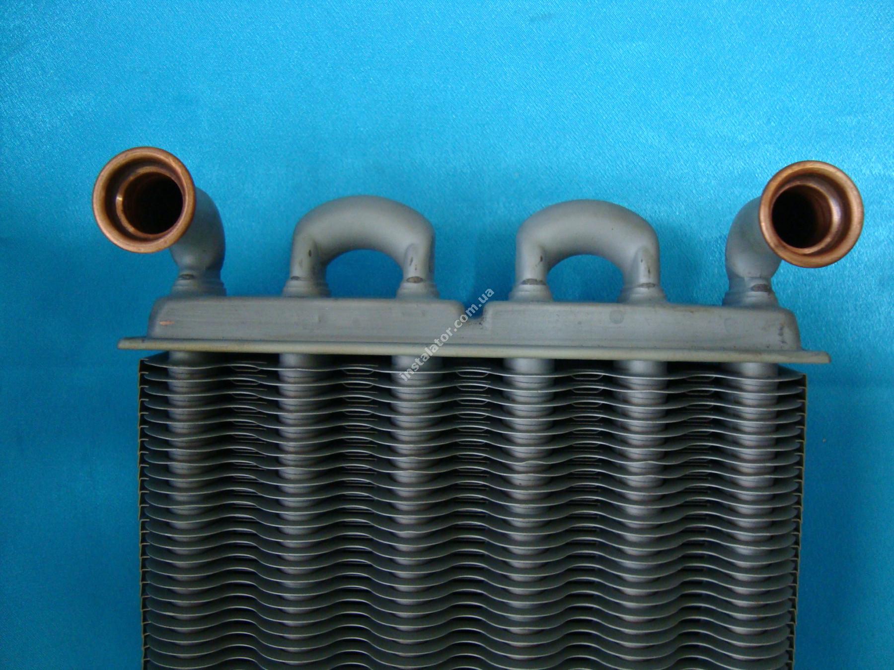 39820060 Теплообменник битермический  Ferroli DOMIPROJECT C24, FerEasy C24 (дым) full-image-1