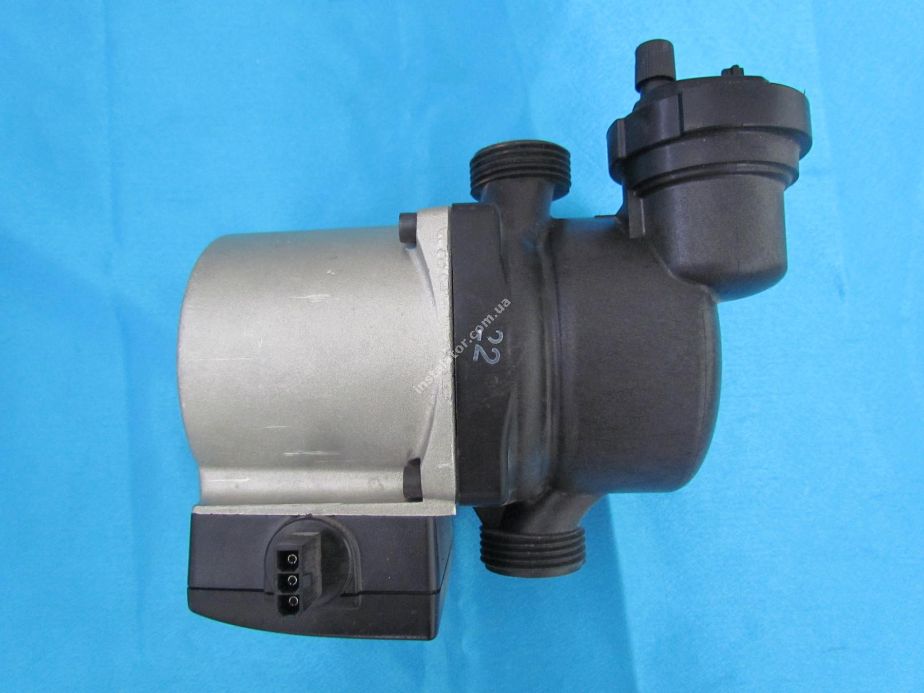 59945536 Циркуляційний насос з розповітрювачем Grundfos 15-50 full-image-0